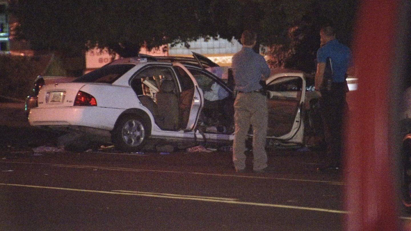 Thomas Road is closed from 37th Avenue to 39th Avenue while police investigate and clean up the scene of the crash. (Source: 3TV/CBS 5)