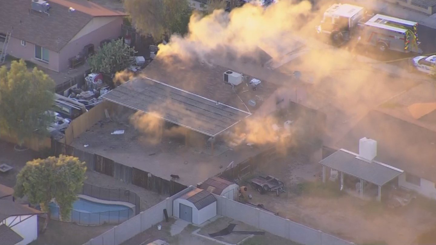 House fire near Northern and 93rd Ave. in Peoria. (August 7, 2017) [Source: 3TV/CBS 5 News]