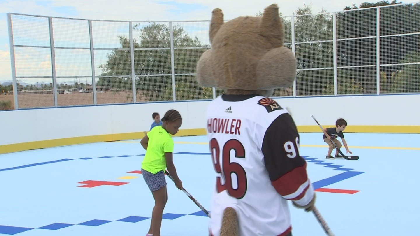 Players of all ages can now get a taste of hockey at the West Valley location. (Source: 3TV/CBS 5)
