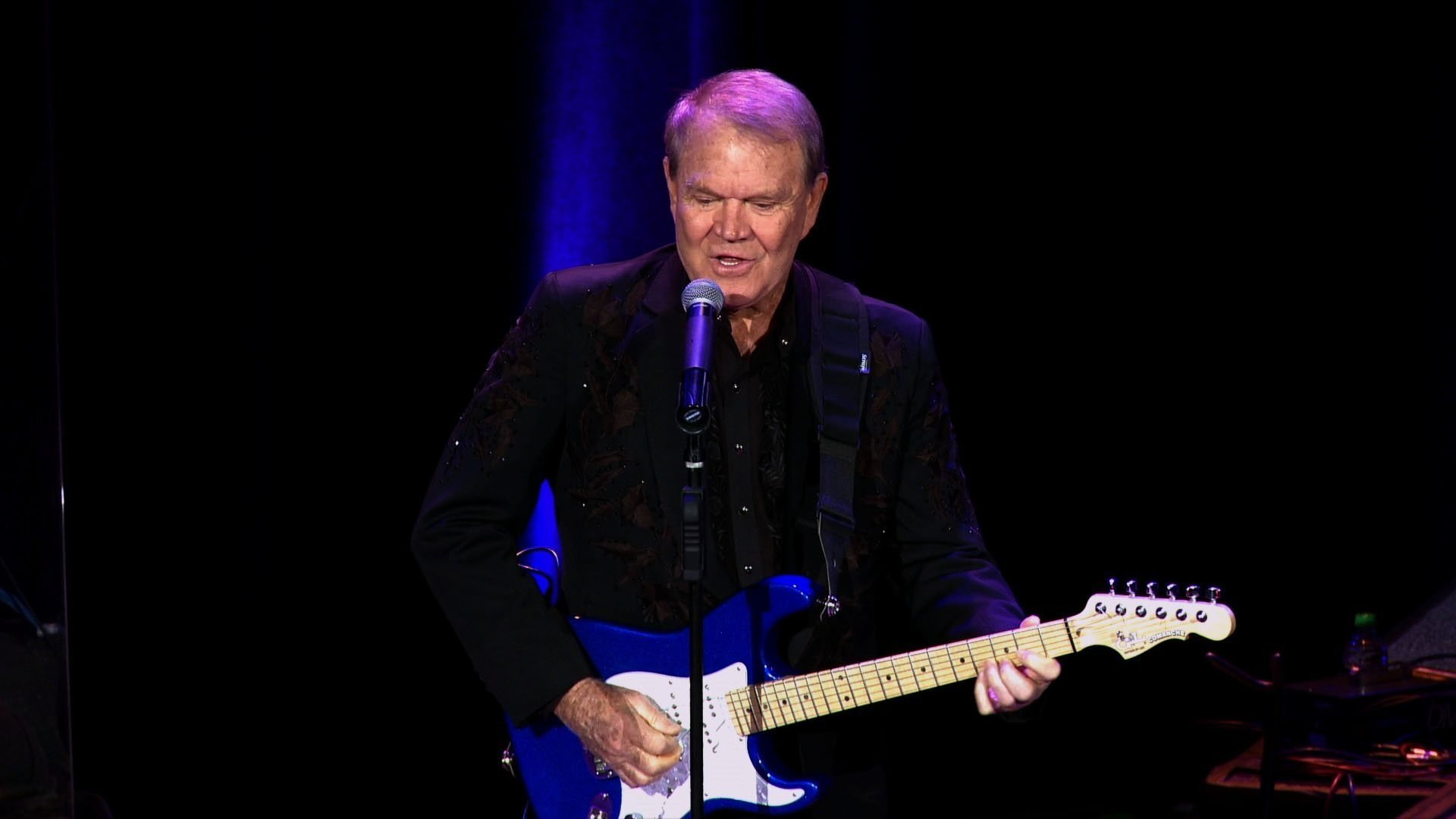 Iconic country music singer and guitarist Glen Campbell passed away at age 81 on August 8, 2017. (CNN file photo)