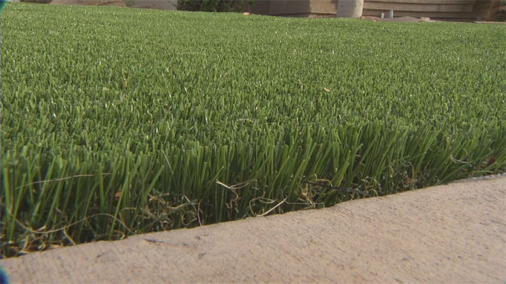An HOA in Chandler is blocking its residents from putting in fake grass in some situations. (Source: 3TV/CBS 5)