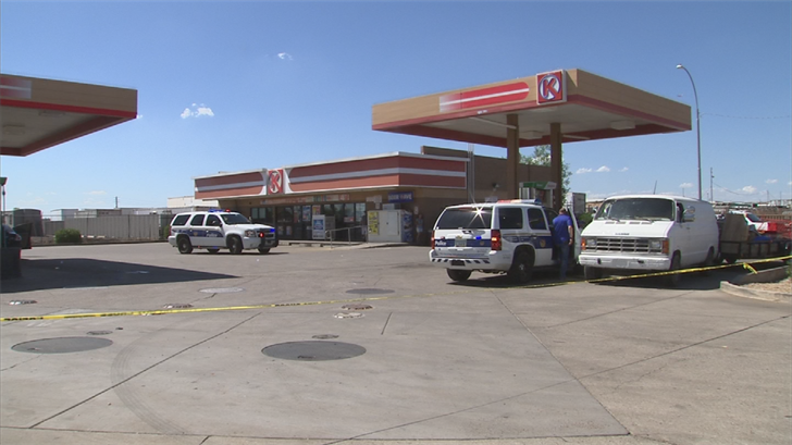 Two men were shot during a fight outside a south Phoenix Circle K. (Source: 3TV/CBS 5)