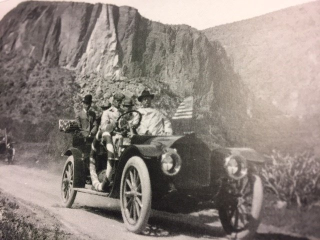President Theodore Roosevelt on the Apache Trail. (Source: Phoenix Museum of History)