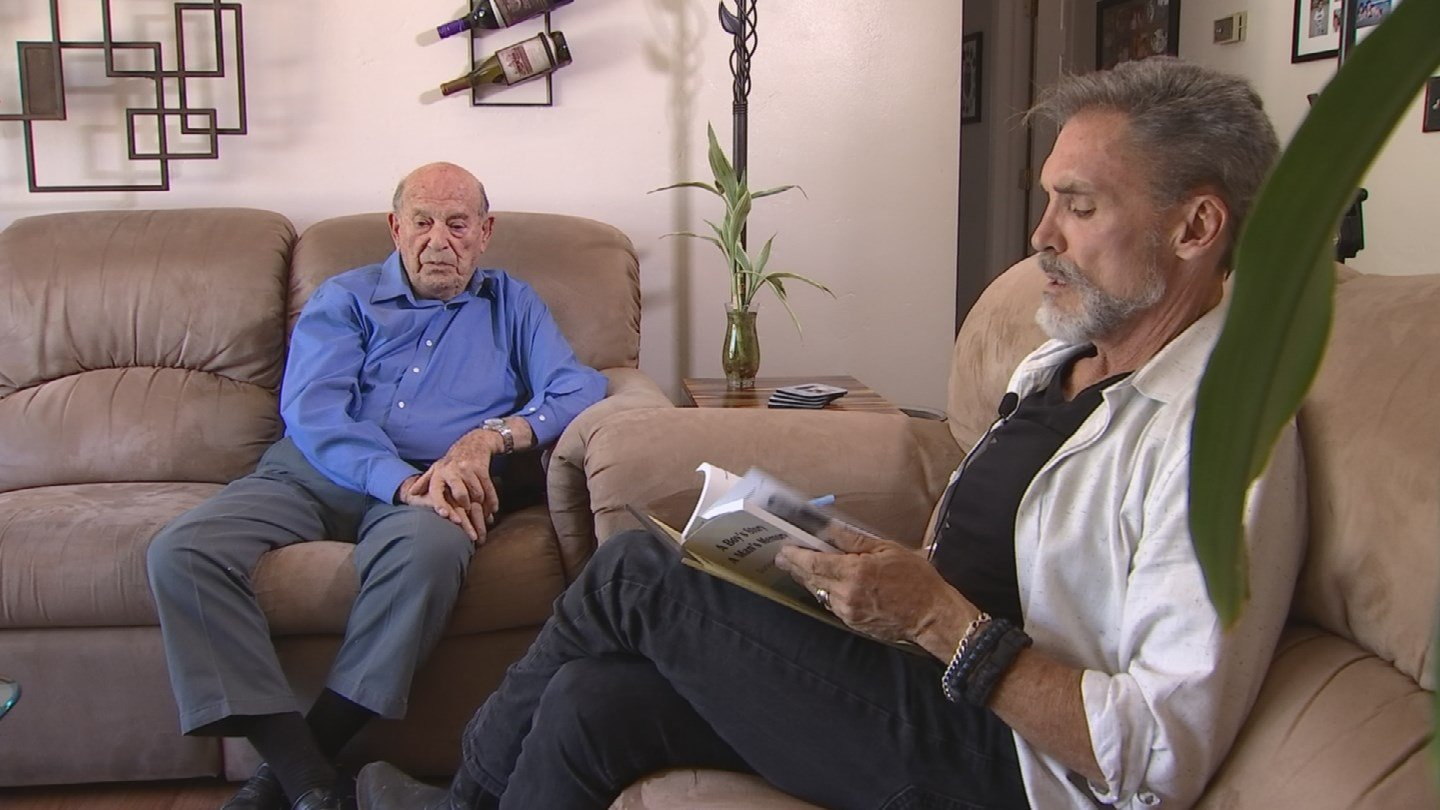 Holocaust survivor Oskar Knoblauch talked to Mike Watkiss about recent events. (Source: 3TV/CBS 5)