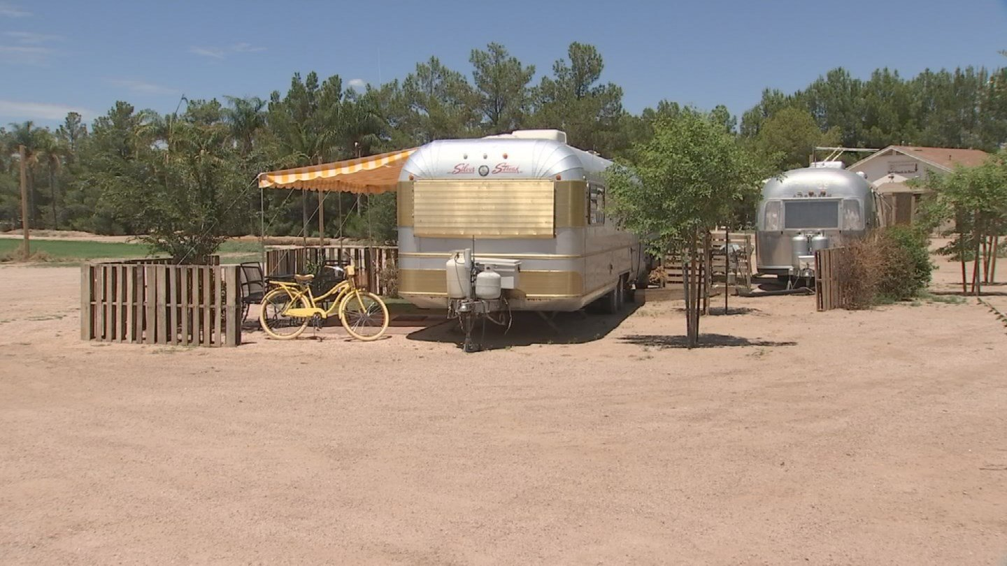 The farm hosts the annual Pumpkin and Chili Party in the fall, the Peach Festival in the spring, and now they're offering something new year round: glampingand they're doing it in typical Schepf style. (Source: 3TV/CBS 5)