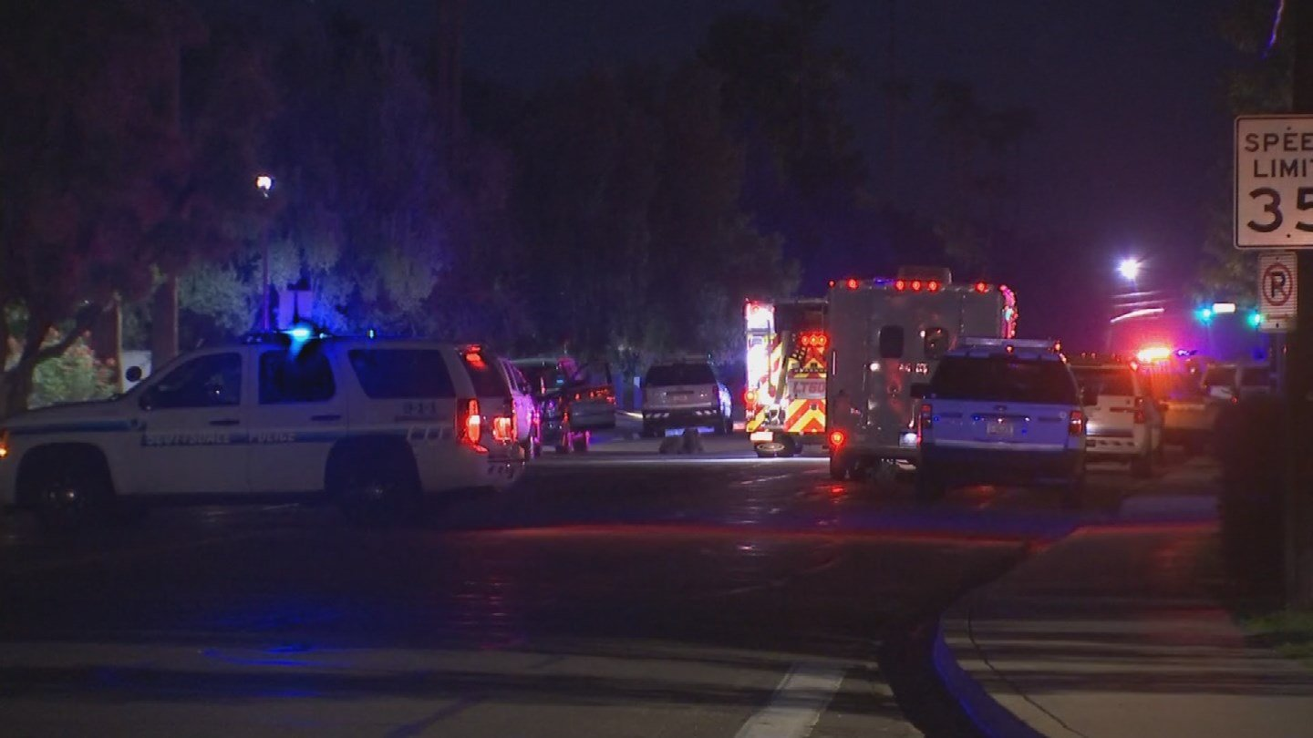 People were allowed back into their apartments shortly after 5:45 a.m. once the situation reached a conclusion. (Source: 3TV/CBS 5)