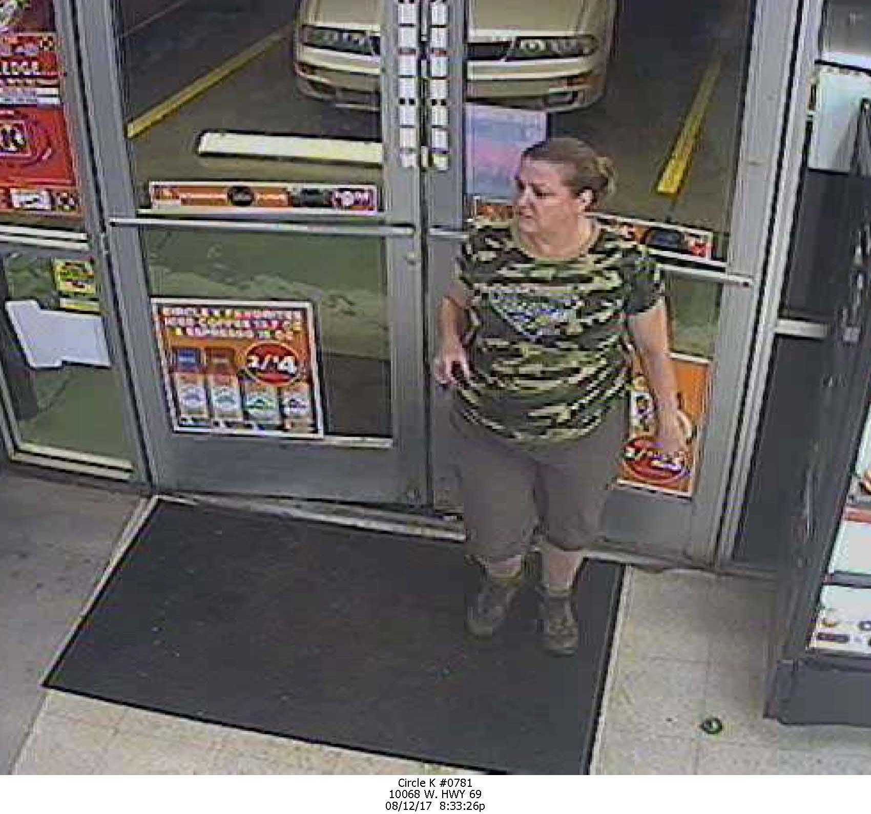 Woman suspected of passing fake $100 bill. (Source: Yavapai County Sheriff)