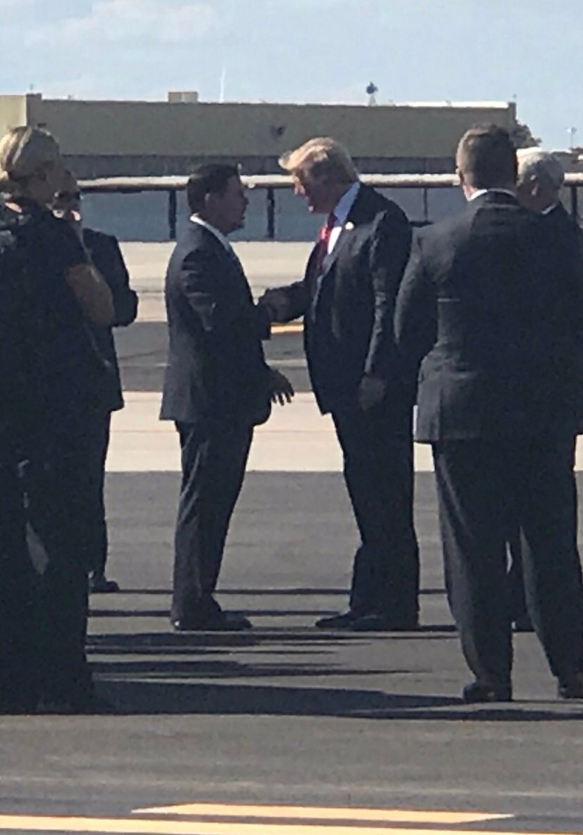 Ducey rode with Trump and Pence in the motorcade. (Source: twitter.com/dougducey)