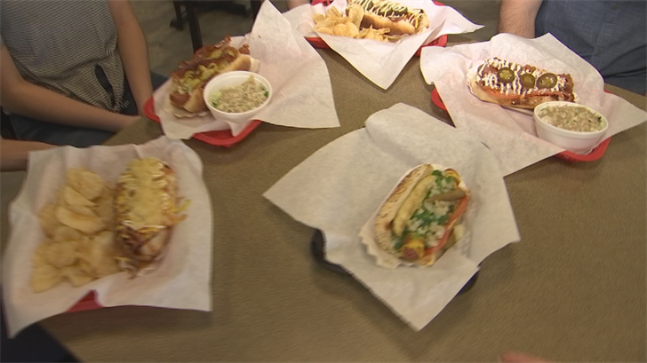 Doglicious Hot Dogs sits on the corner of 51st Avenue and Bell Road right behind a gas station. (Source: 3TV/CBS 5)
