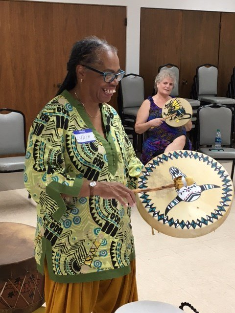 Every week, retired professor Lydia Woods brings total strangers together in Sun City to create some sweet music. (Source: 3TV/CBS 5)