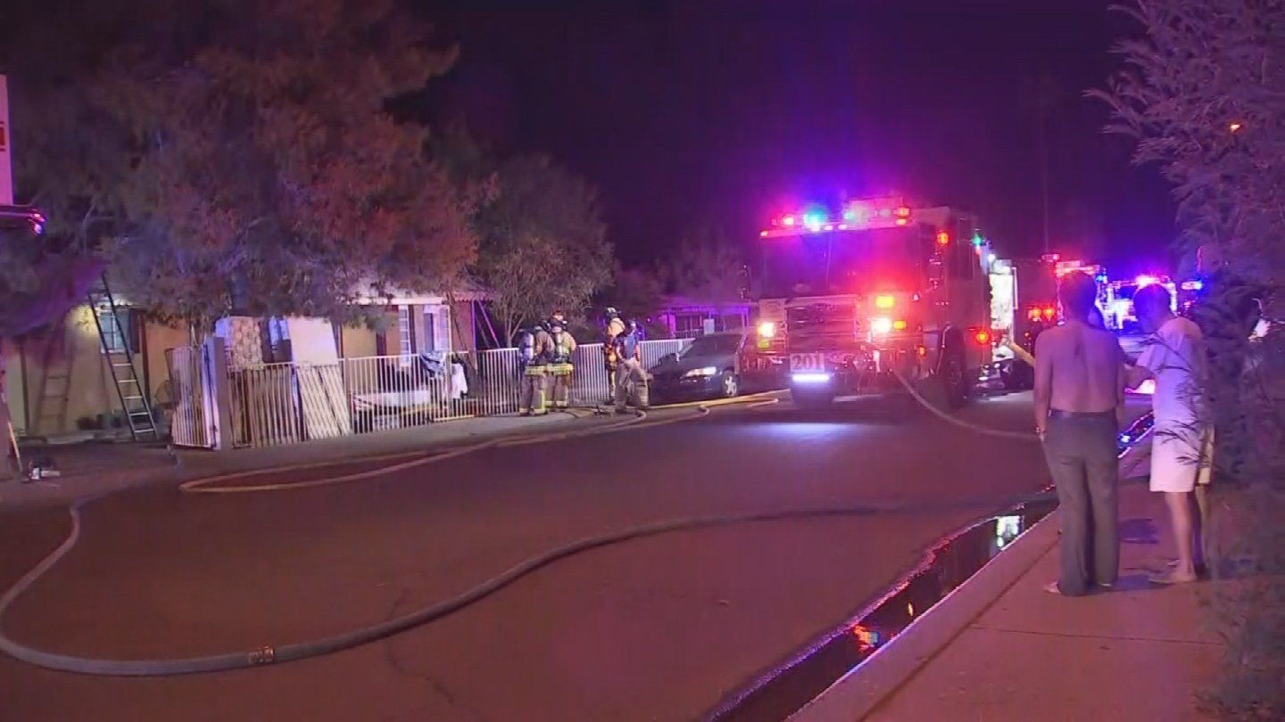 Fifteen people are displaced after an apartment caught fire, damaging the power box and leaving six units without power. (Source: 3TV/CBS 5)