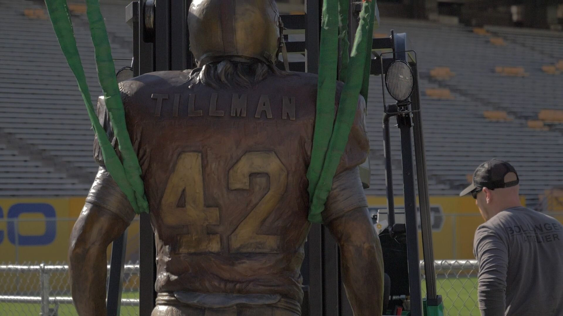 The Tillman statue being installed (Photo: Sun Devil Athletics)