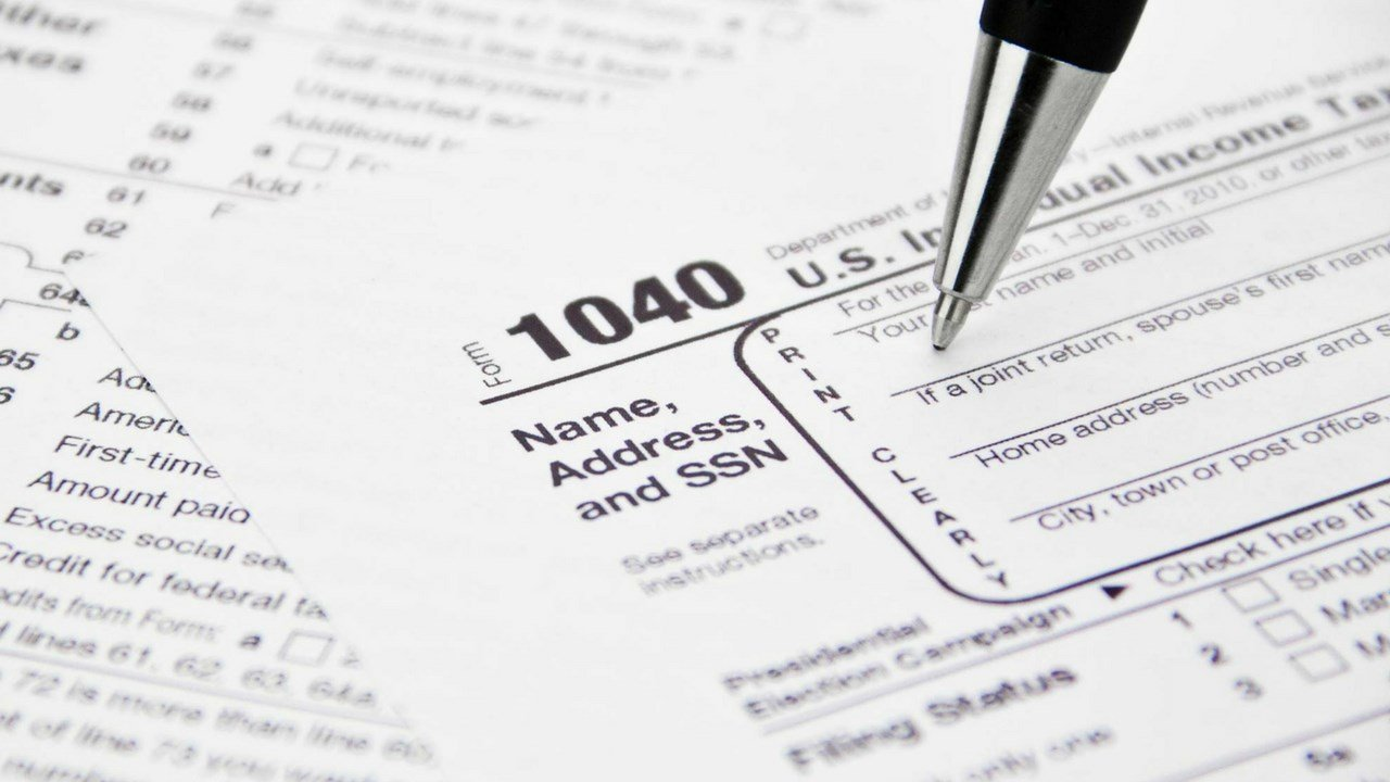 IRS: thousands of people scammed during tax season