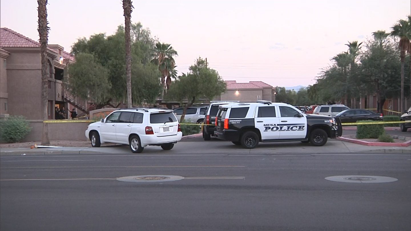 A man was left in serious condition after being shot at a Mesa apartment complex. (Source: 3TV/CBS 5)