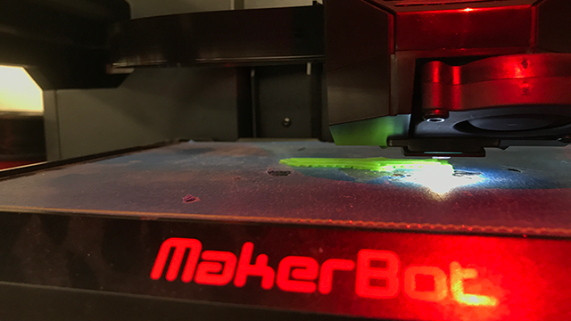 The Holbrook Unified School District was able to obtain technology like this 3-D printer because of grants and donations. (Source: Madison Conner/Cronkite News)