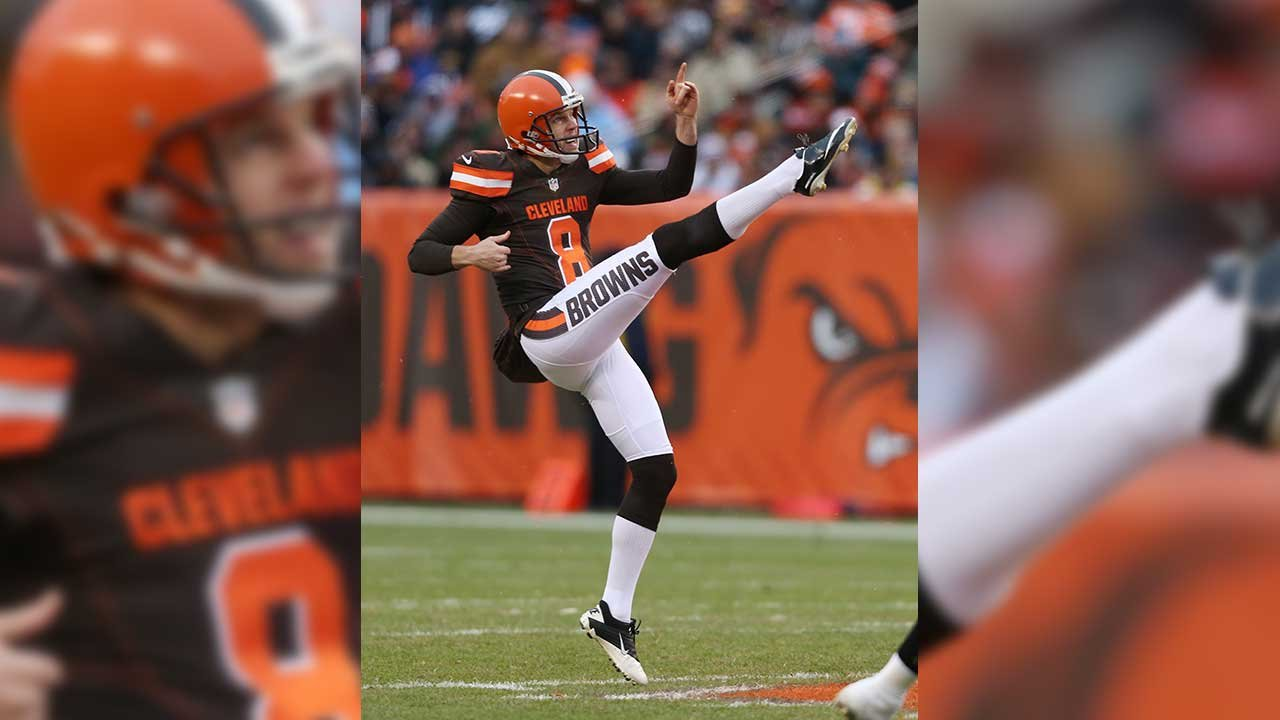 This Jan. 3, 2016 photo shows punter Andy Lee when he played for the Cleveland Browns. (Source: AP Photo/Ron Schwane)