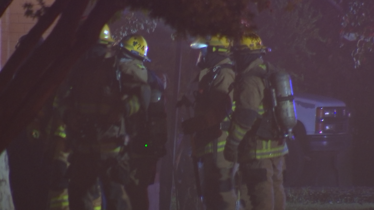 No firefighters were hurt. (Source: 3TV/CBS 5)