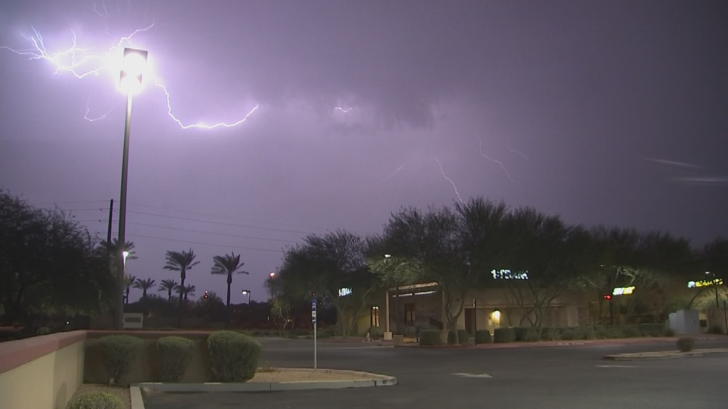 Impressive lightning strikes were seen in the sky. (Source: 3TV/CBS 5)