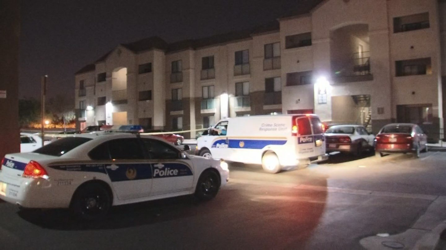 A man is in serious condition after an overnight shooting in Phoenix. (Source: 3TV/CBS 5)