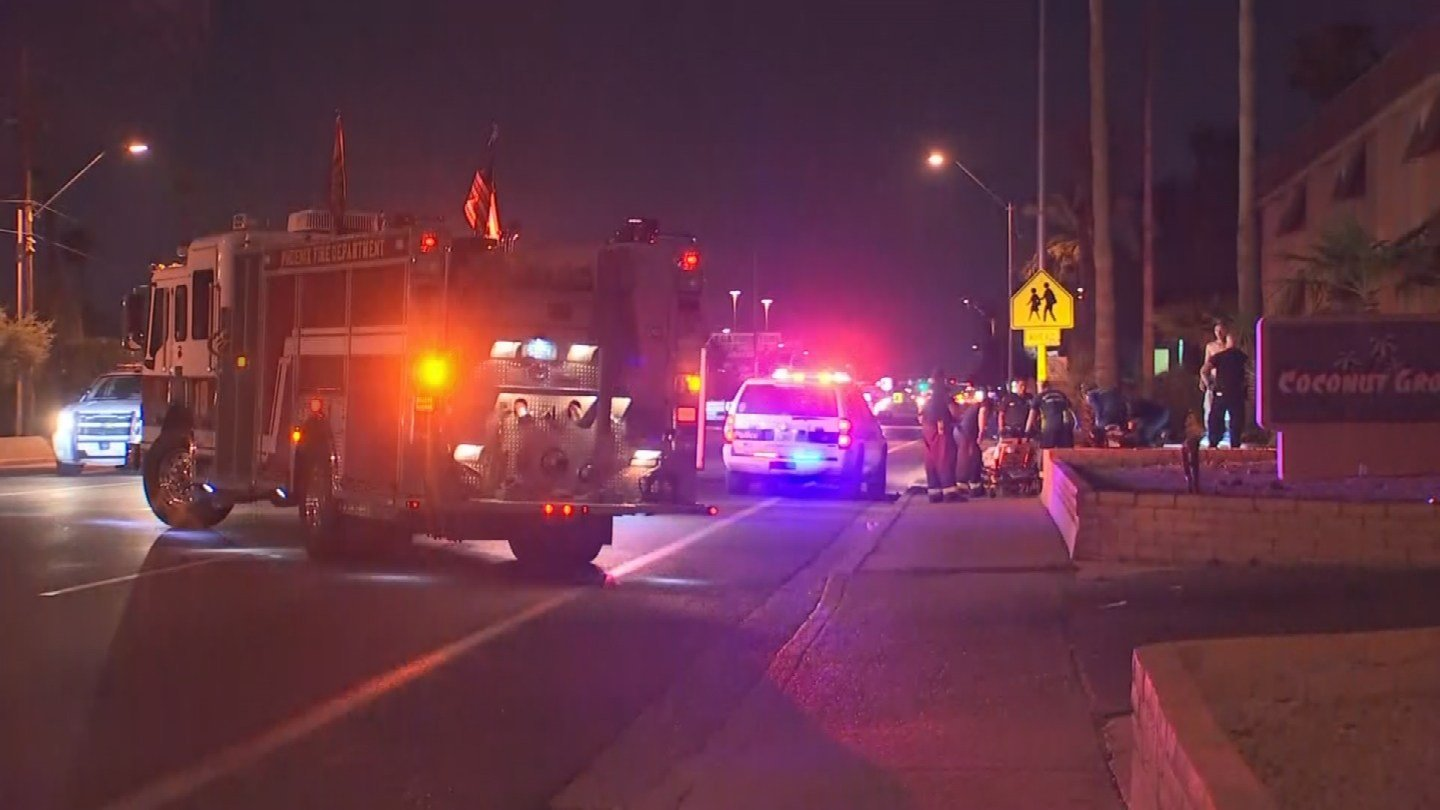 A 39-year-old man was shot twice overnight at a Phoenix apartment complex. (Source: 3TV/CBS 5)