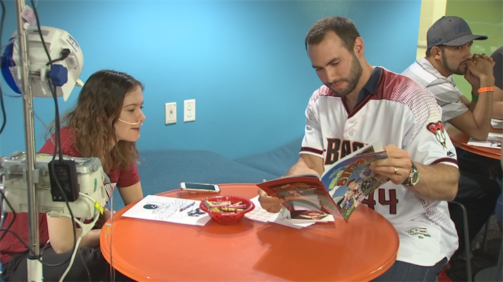 Paul Goldschmidt met with kids at Phoenix Children's hospital on Wednesday. (Source: 3TV/CBS 5)