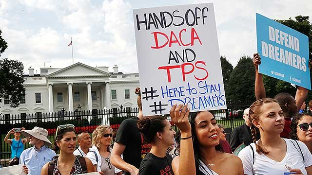 DACA protesters gather outside of the White House. (Source: AP Photo/Evan Vucci)