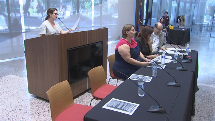 Nearly 100 immigration experts and lawyers offered legal advice at a seminar hosted at Arizona State University's college of law on Thursday. (Source: 3TV/CBS 5)