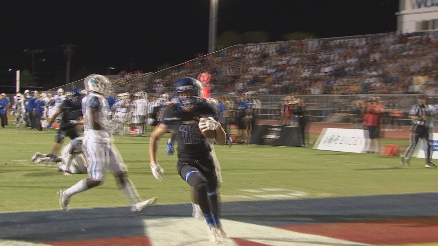 Chandler Wolves receiver Gunner Romney is drawing big time national attention. (Source: 3TV/CBS 5)