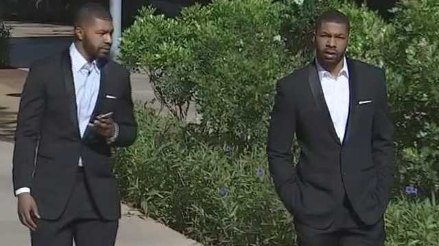 Marcus and Markieff Morris head into court on May 7, 2015. (Source: 3TV/CBS 5 file photo)