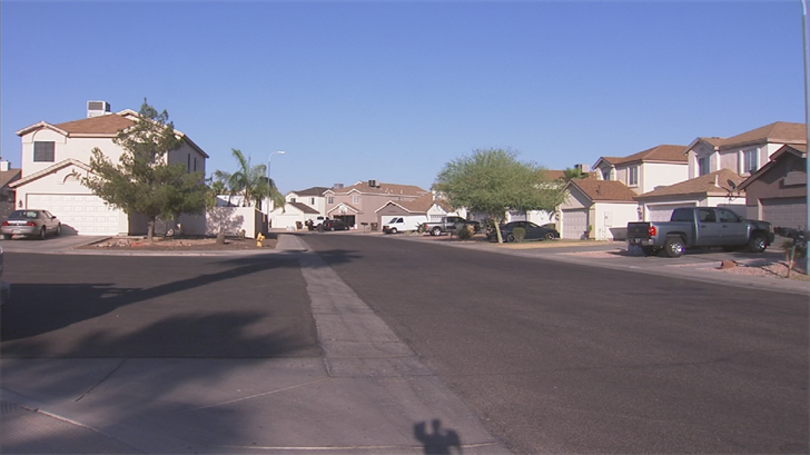 Arizona law currently allows an HOA to start the foreclosure process if someone owes $1,200, or is delinquent on their dues for one year. (Source: 3TV/CBS 5)