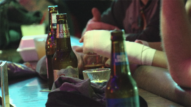 Swizzle Inn raised nearly $12,000 for the Red Cross. (Source: 3TV/CBS 5)