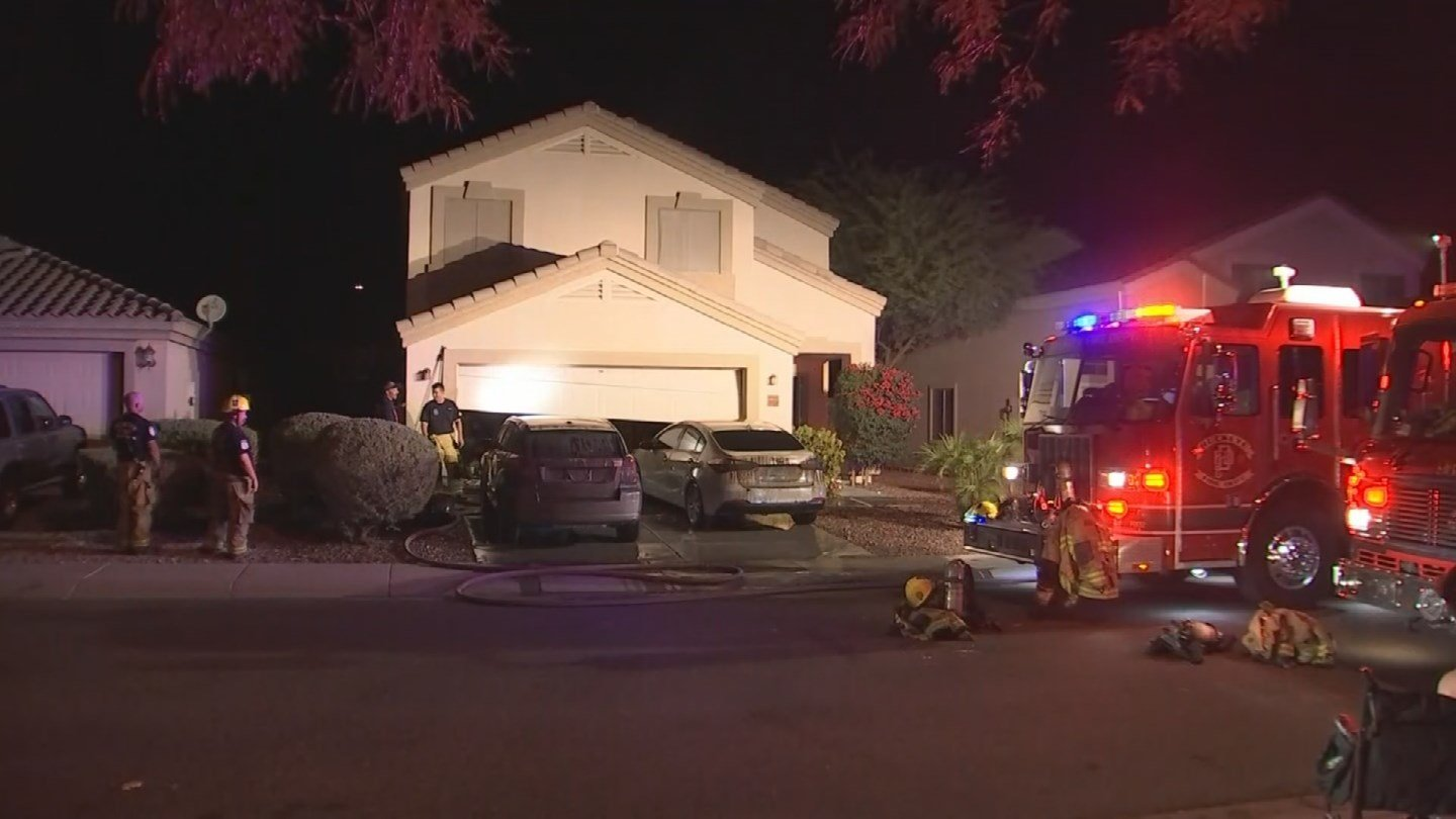 A family of four is displaced after their garage went up in flames in Buckeye early Thursday morning. (Source: 3TV/CBS 5)