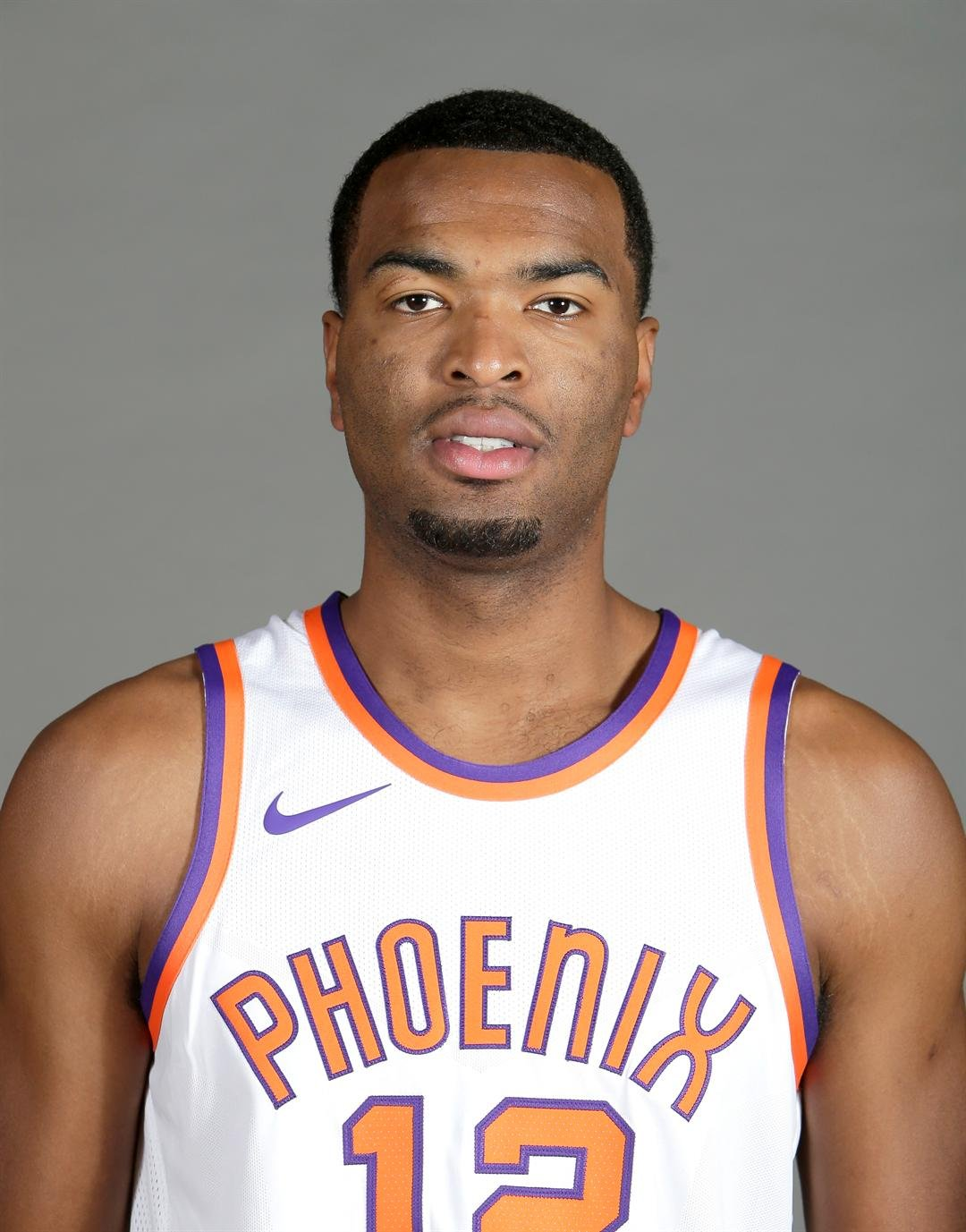 Phoenix Suns TJ Warren poses during the NBA basketball team media day Monday, Sept. 25, 2017 in Phoenix. (Source: AP Photo/Rick Scuteri)