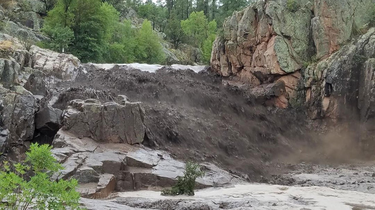A flash flood swept through a swimming hole near Payson (Source: Photo courtesy of Amy Lloyd)
