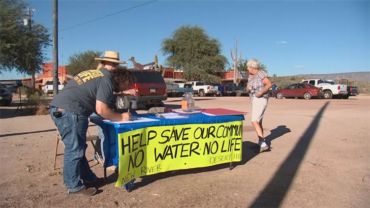 No Water No Life is urging residents of New River and Desert Hills to sign a petition asking the city for an extension, buying the communities more time to find a long-term water source. (Source: 3TV/CBS 5)