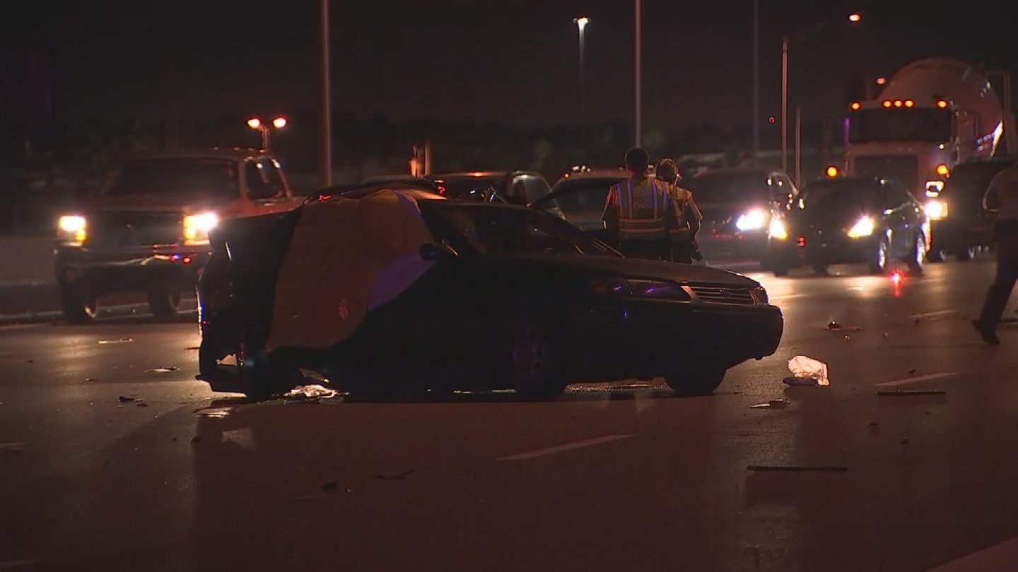 One person is dead after a two-vehicle collision on eastbound Interstate 10 in Phoenix Monday morning. (Source: 3TV/CBS 5)