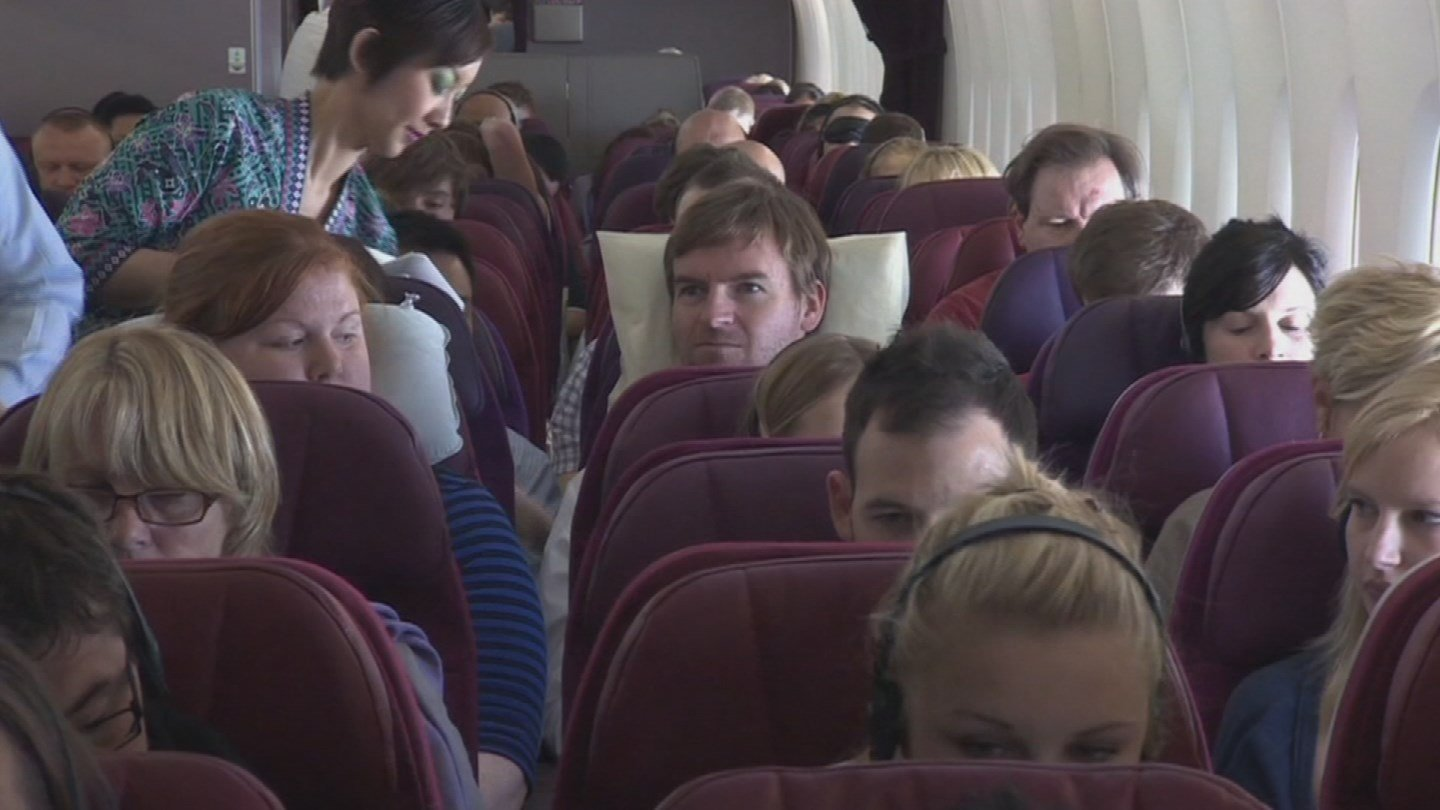 Researchers at ASU say they've figured out a way to limit the spread of viruses on commercial airliners and at the same time, save airlines millions, just by changing the way people board. (Source: 3TV/CBS 5)