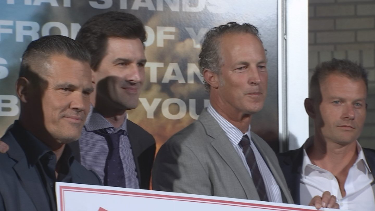 Fans came out to Harkins Tempe Marketplace from 6 p.m. to 7 p.m. to see some of the stars walk the red carpet like Josh Brolin, Miles Teller and James Badge Dale. (Source: 3TV/CBS 5)