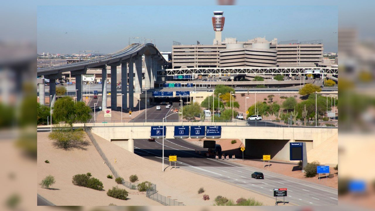 """The U.S. Customs and Border Protection's (CBP) Global Entry launches""""Enrollment on Arrival,"""" at Phoenix Sky Harbor International Airport.(Source: City of Phoenix - Aviation Department)"""