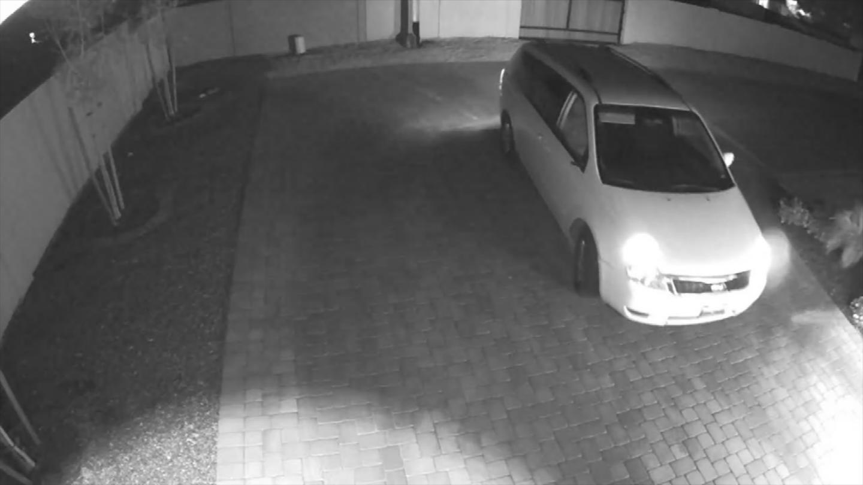The camera also caught the minivan the suspect was in. (Source: 3TV/CBS 5)