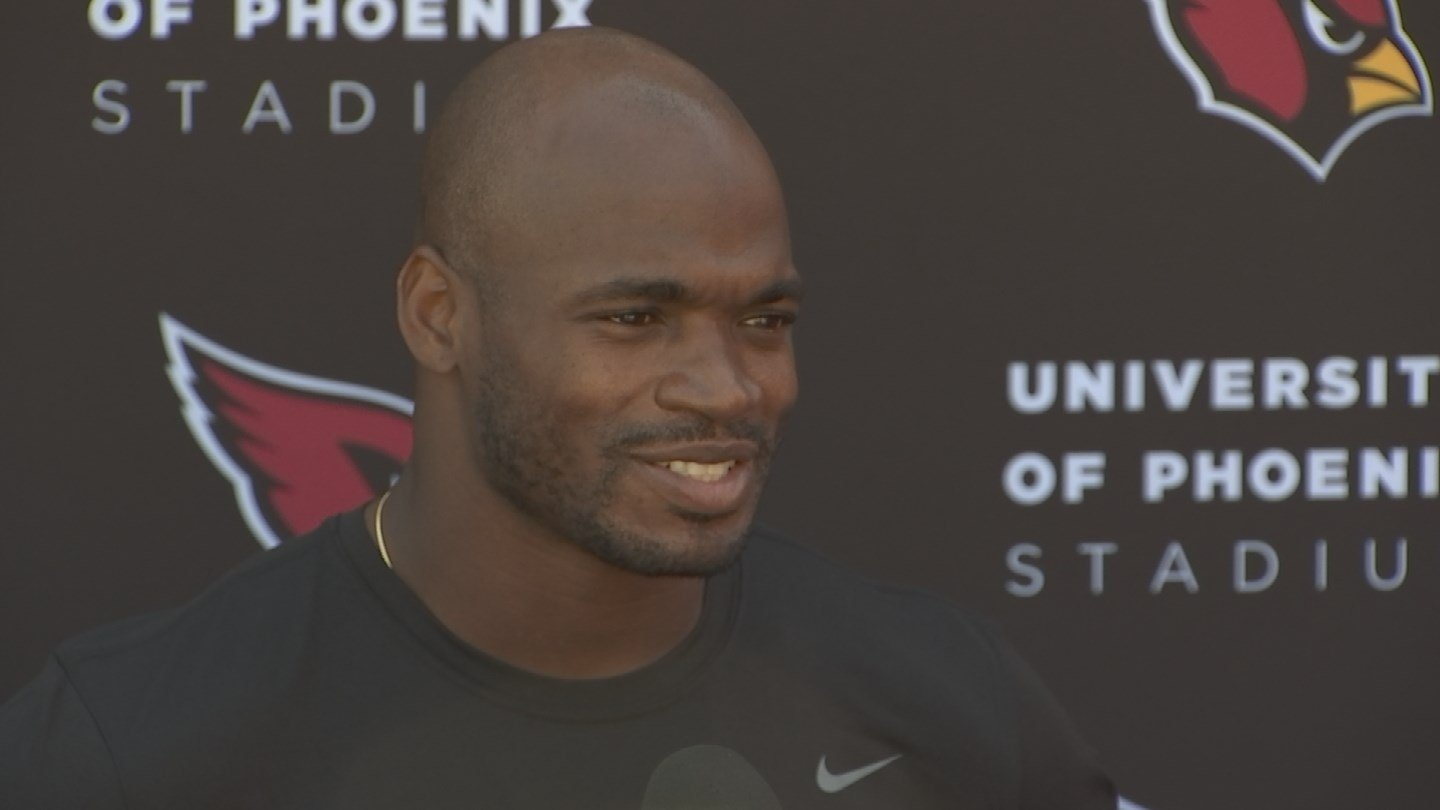 Adrian Peterson talks to reporters in Tempe on Wednesday. (Source: KPHO/KTVK)