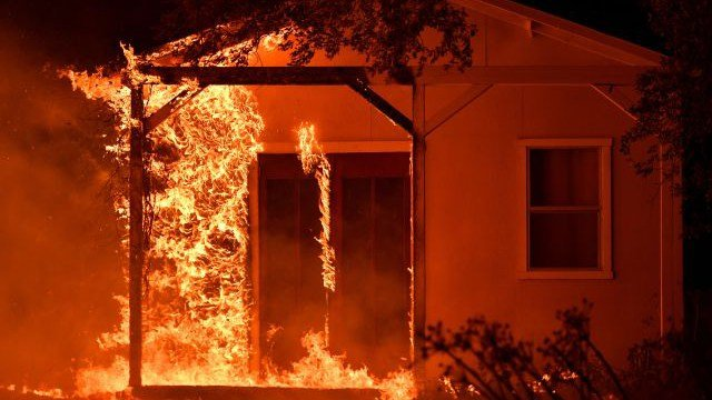 A special wind in northern California is helping fanning the flames of the deadly wildfires. (Source: AP)
