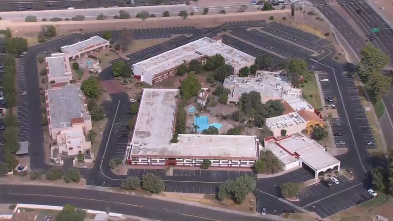 Ramada Inn in Mesa where police discovered a body. (Source: 3TV/CBS5)