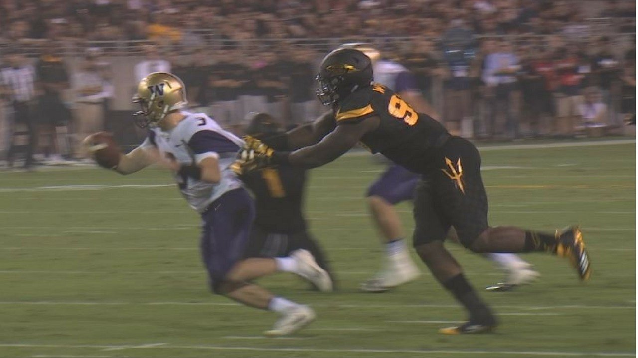 ASU's Renell Wren sacks Washington quarterback Jake Browning