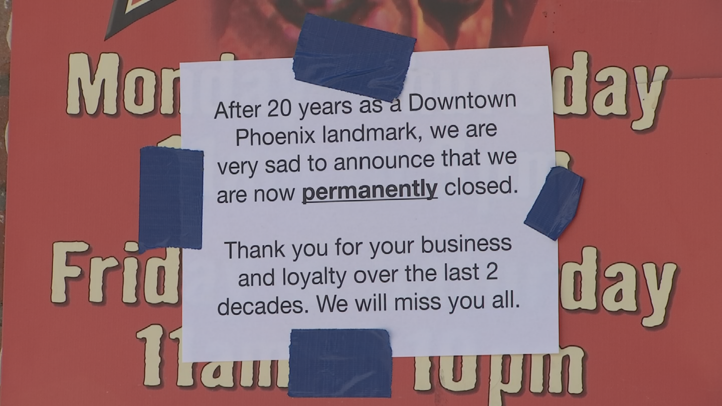 A sign was posted at the restaurant. (Source: 3TV/CBS 5)
