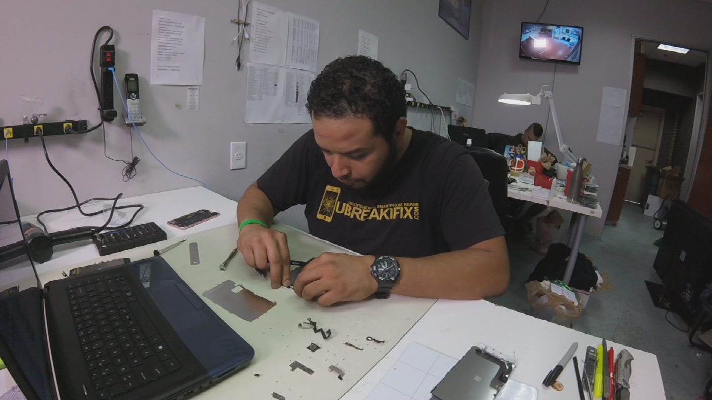 Supporters of 'Right to Repair' legislation believe since the consumer bought the product, they should be able to repair it. (Source: 3TV/CBS 5)