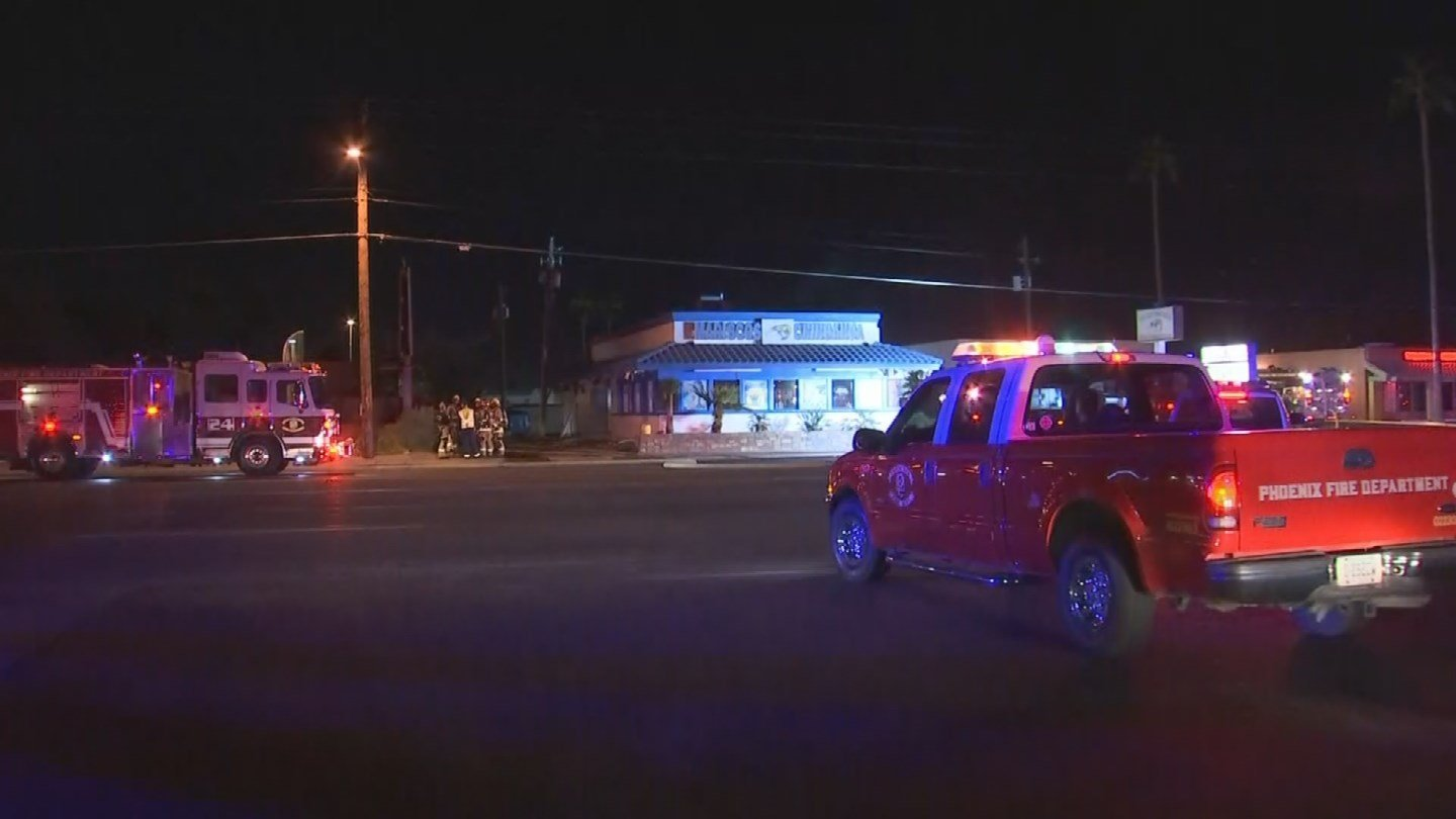 A Phoenix restaurant is expected to be closed for some time after sustaining significant damage from an overnight fire. (Source: 3TV/CBS 5)