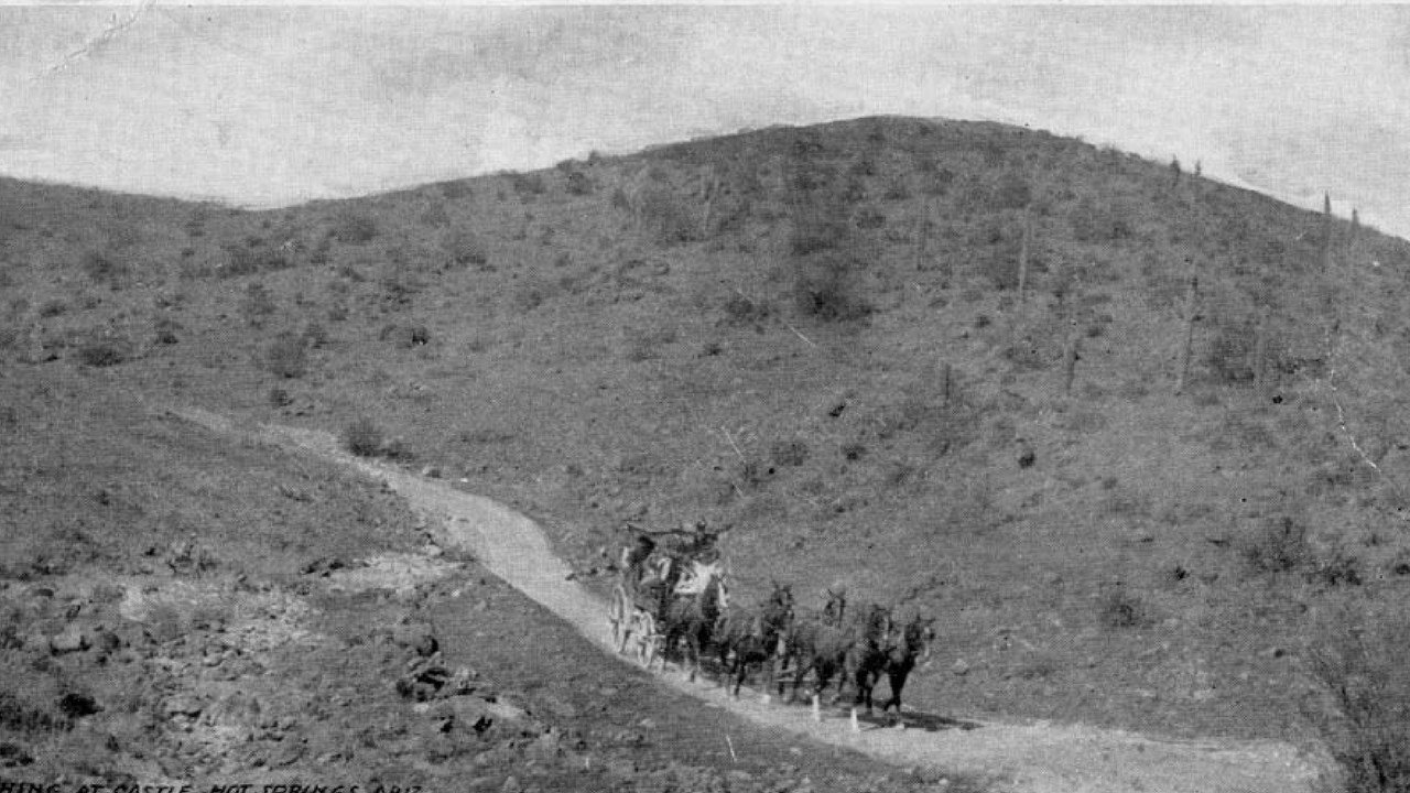 Rough stage ride from Hot Springs Junction to the Castle Hot Springs Resort. (Source: Arizona Archive Online)