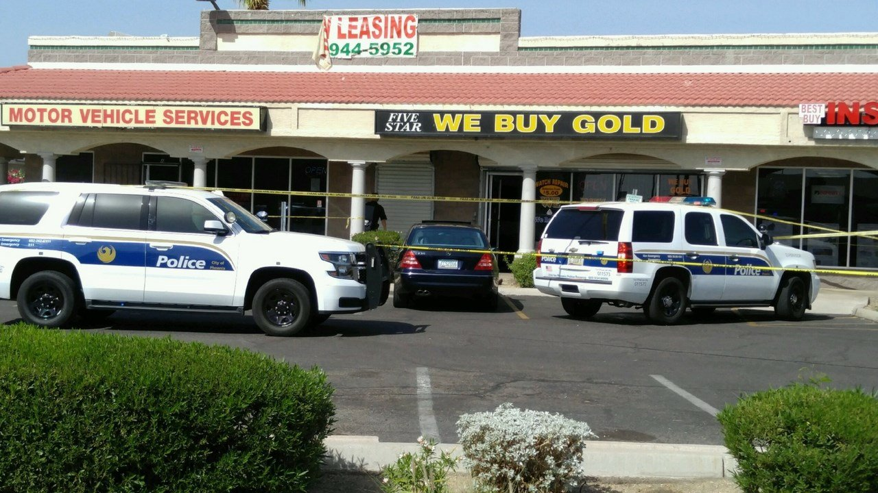 "The shooting occurred Saturday around 1 p.m. at the ""Five Star We Buy Gold"" shop near Seventh Street and Dunlap Avenue. (Source: 3TV/CBS 5)"