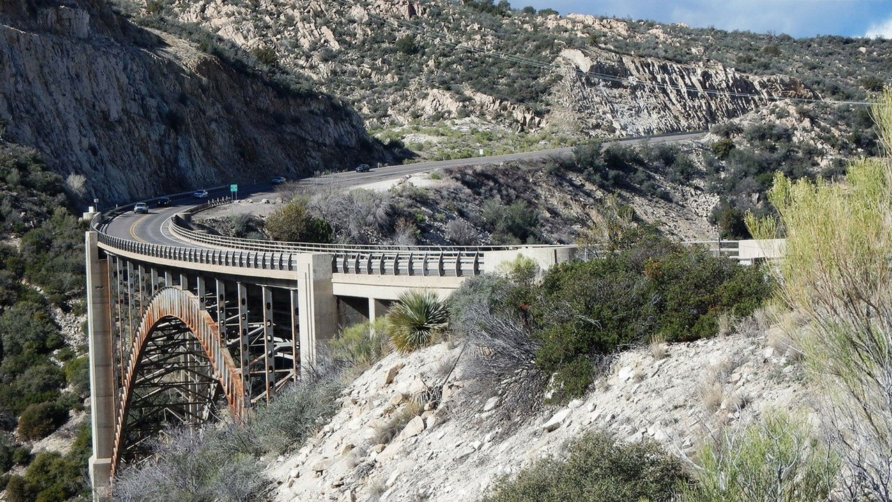 Pinto Creek Bridge.(Source: Arizona Department of Transportation)